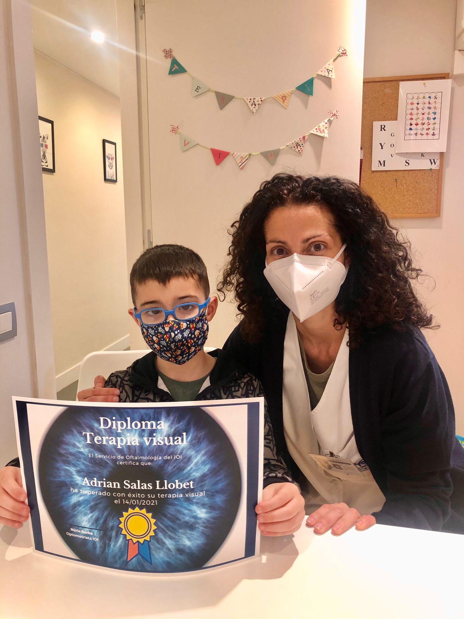 Agustin y Adrián han concluido con éxito sus terapias visuales